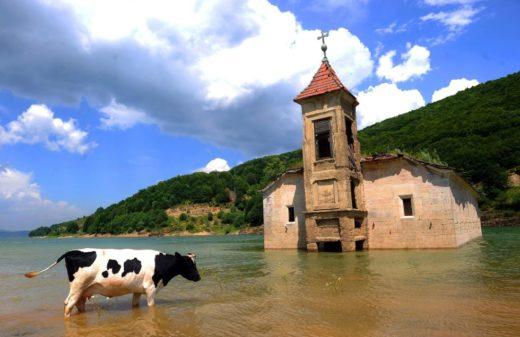 abandoned-saint-nicholas-church